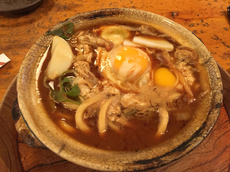 山本屋本店で味噌煮込みを食べてきました