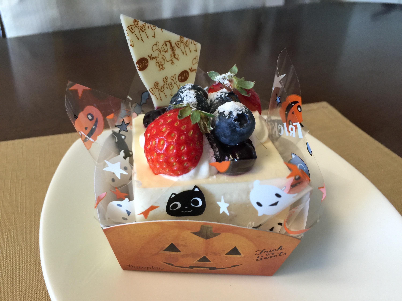 日進市竹の山にある人気カフェ ダウニー クラシックのケーキ
