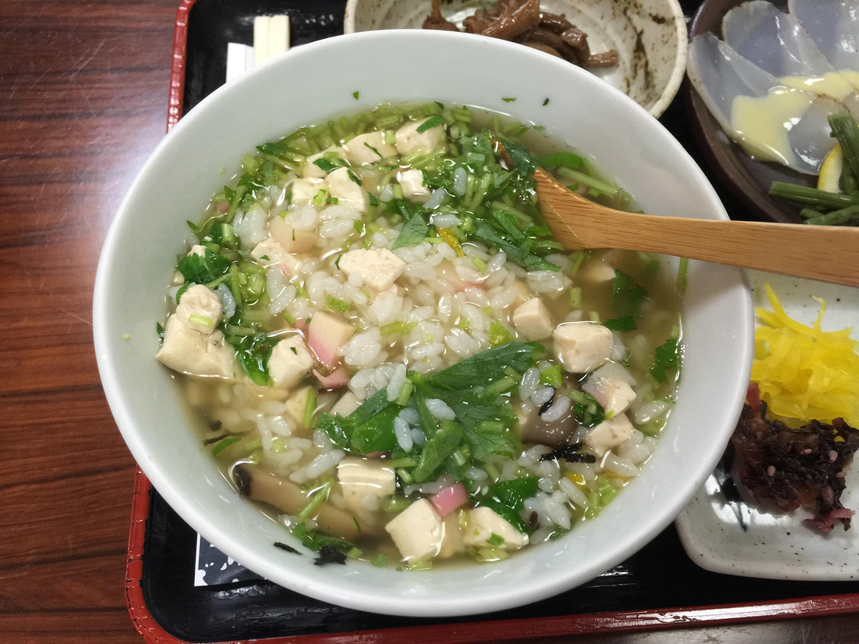 津和野駅でSLやまぐち号に遭遇 昼食は津和野の名物 うずめ飯