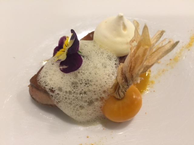 名古屋伏見の「レストラン ラ・フロレゾン・ドゥ・タケウチ」でランチ シェフおまかせコース
