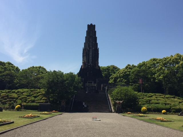 公共交通機関と徒歩で宮崎市内を観光